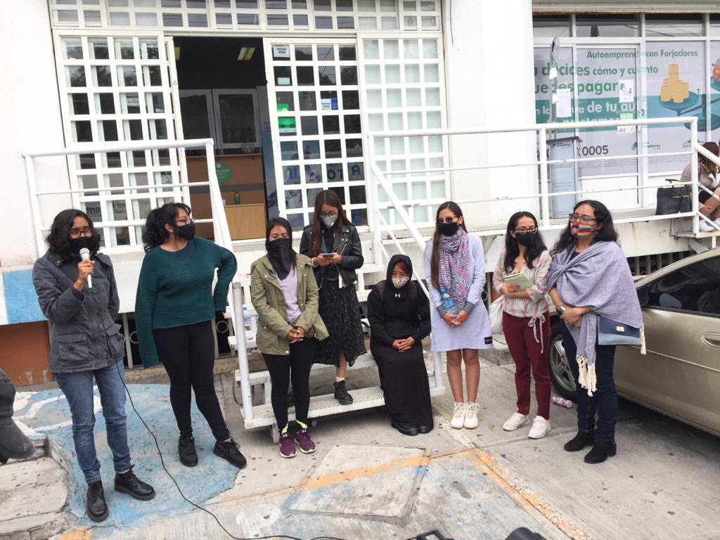 Feministas piden se les retire la demanda en su contra