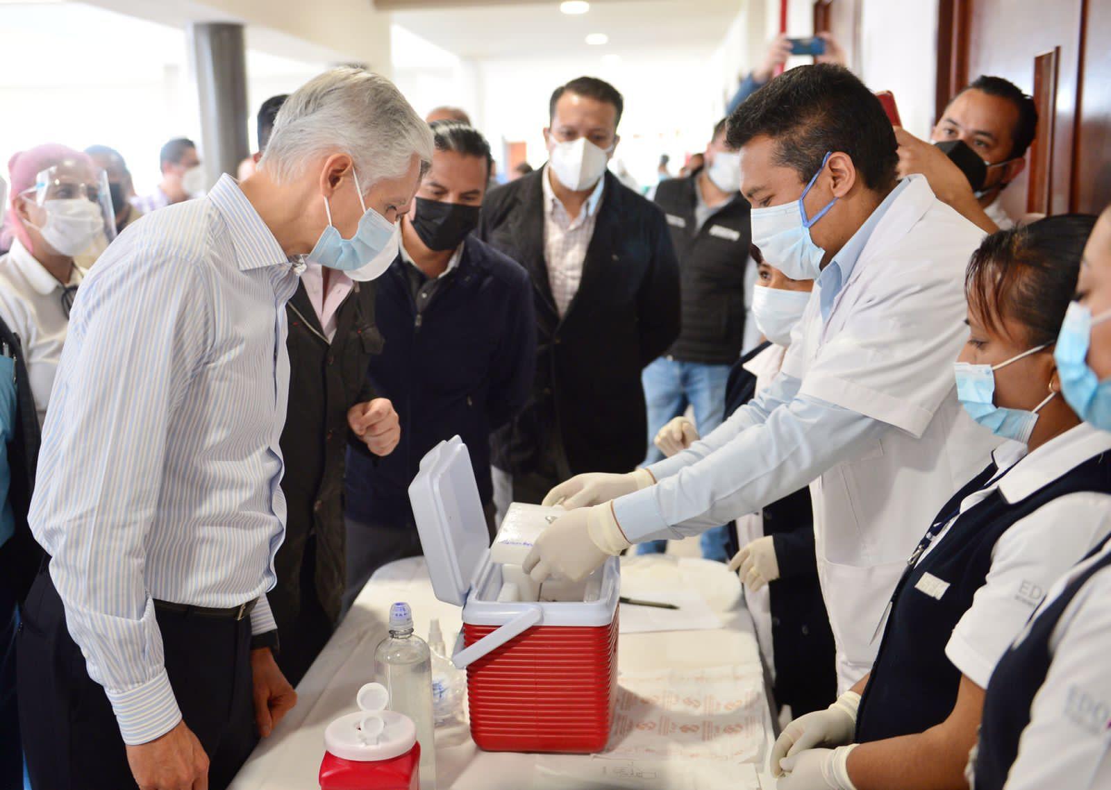 Continúa el proceso de vacunación y se han aplicado más de dos millones 600 mil dosis