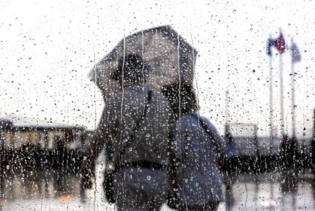 Se recomienda a la población no olvidar paraguas o impermeable