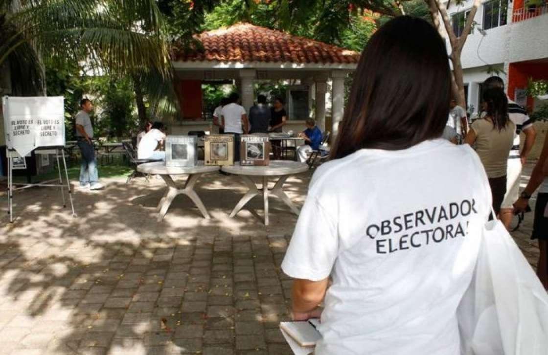 Observadores electorales