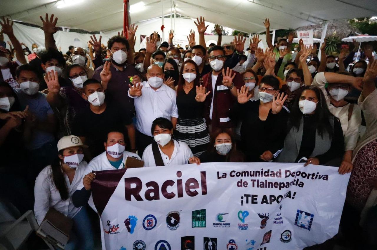 candidato Raciel Pérez en gira de trabajo en Tlalnepantla