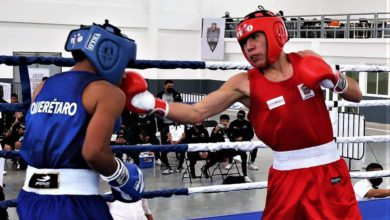 Boxeador mexiquense ganando en competencia en Unidad Deportiva de Zinacantepec