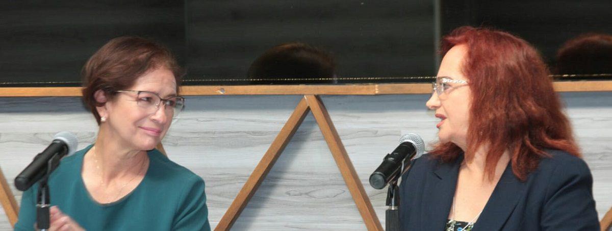 """La candidata de """"Va por México"""" y la Segunda Síndico de Naucalpan en conferencia de prensa"""