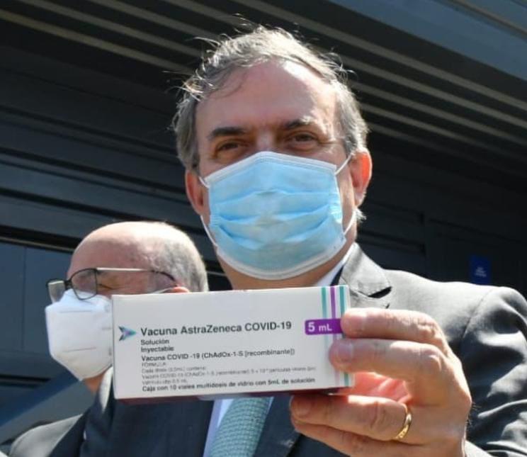 Marcelo Ebrard sostiene vacuna AstraZeneca