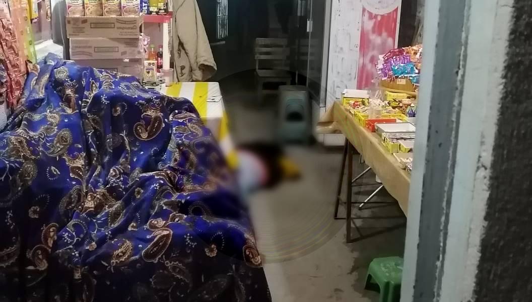 La víctima fue identificada por su hijastra, al parecer, presentaba un impacto de bala en la cabeza