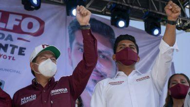 El dirigente nacional acompañando al candidato de Morena a la alcaldía de Nezahualcóyotl