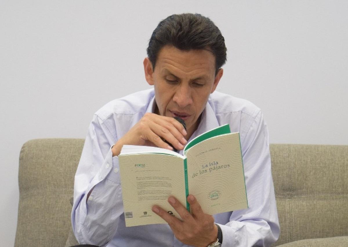 El escritor Oliverio Arreola