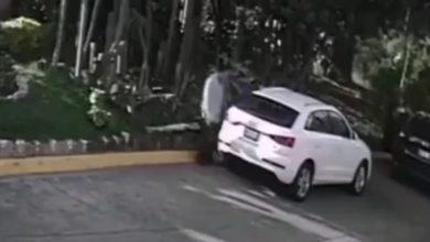 La víctima se quedó observando cuando se llevaron su camioneta