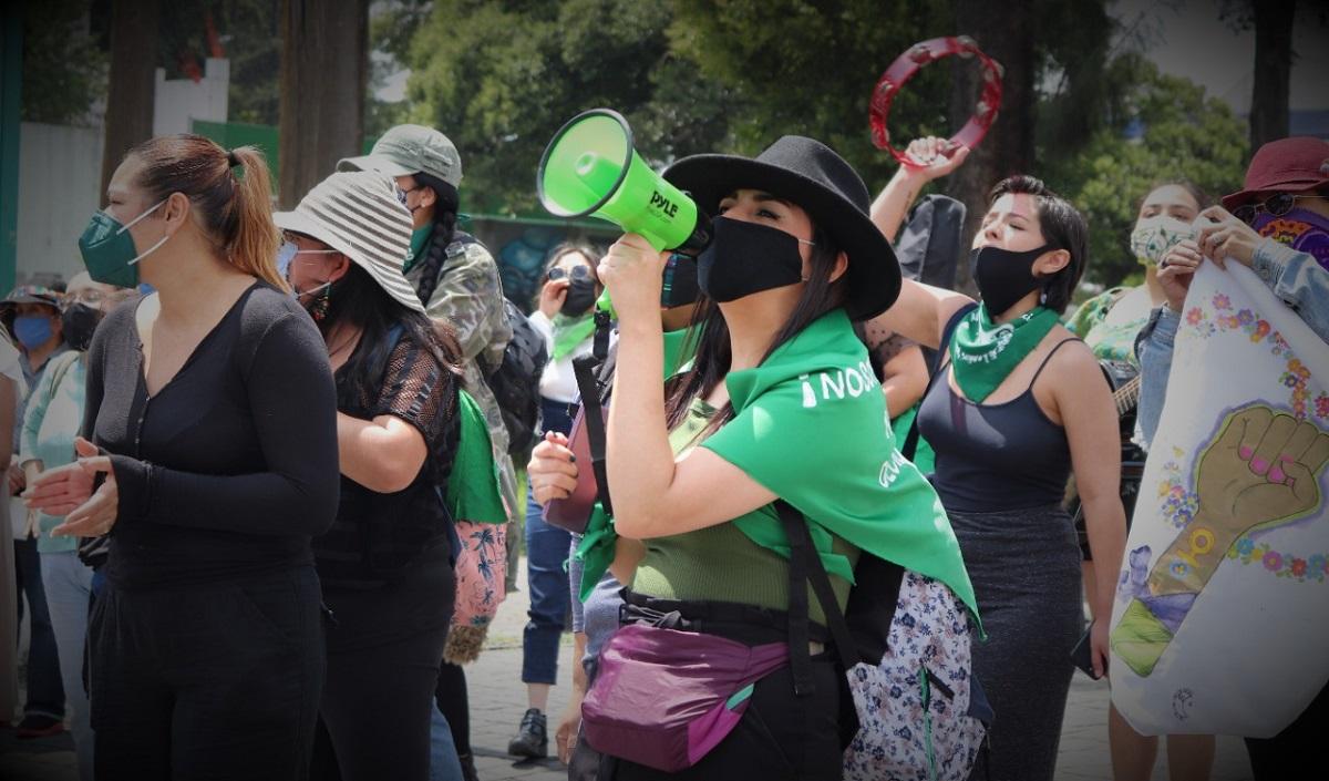 Mujeres exigen su derecho a abortar