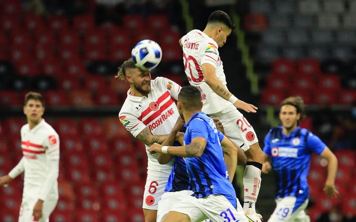 Luis García sufrió una herida de cuatro centímetros