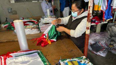 artesanos de banderas