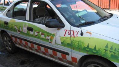 Los taxistas se arriesgan al estar en contacto con el pasaje