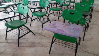 Las escuelas también han sido vandalizadas
