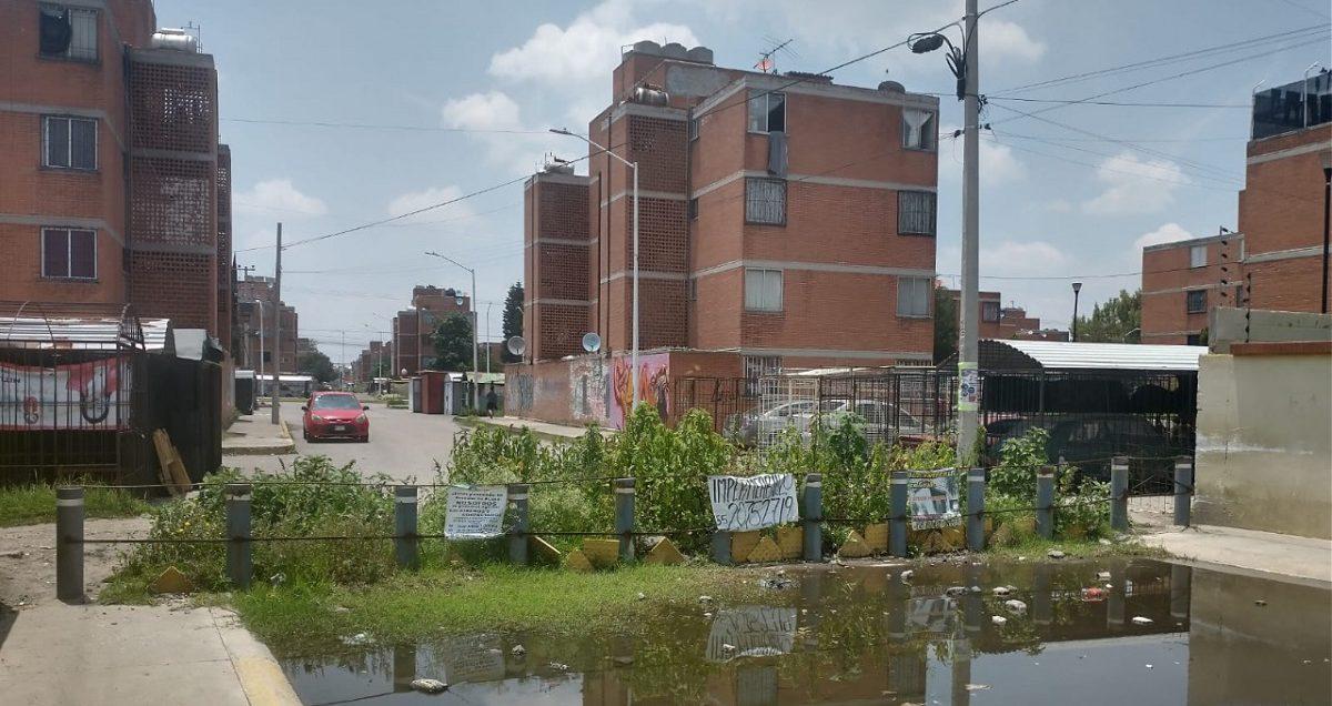 En la frontera de ambos municipios colocaron la barricada
