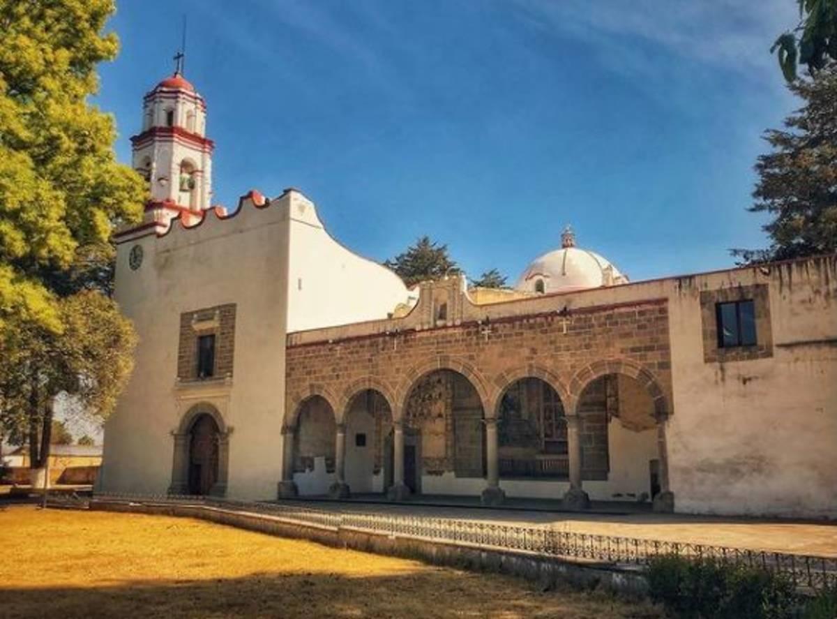 Se inicia con el tema Nevado de Toluca, patrimonio natural y cultural de Zinacantepec.