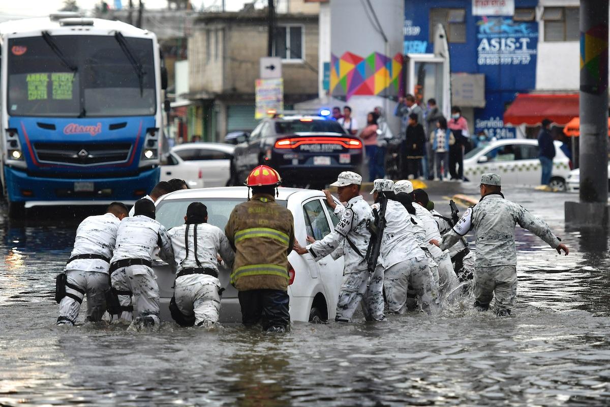Inundaciones afectaron a 30 municipios