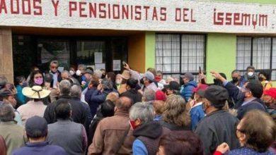Pensionados y pensionistas